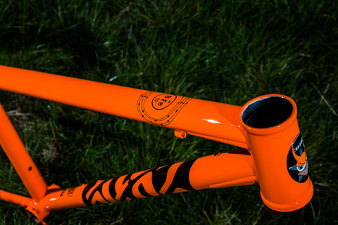 New BFe26 - Gloss Orange, 44mm head tube for taper steerer forks